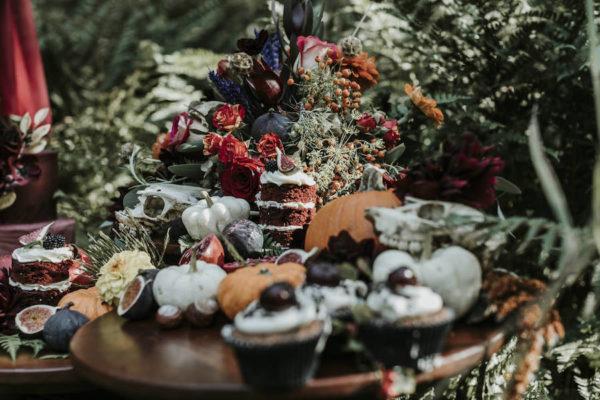 Midnight Romance, Autumn Inspired Photo Shoot