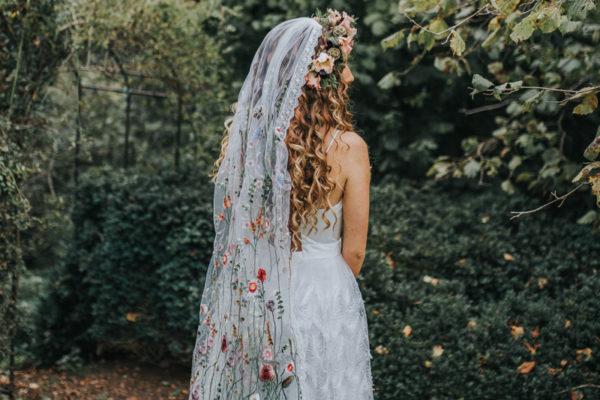 Ophelia, wedding dress, wedding veil